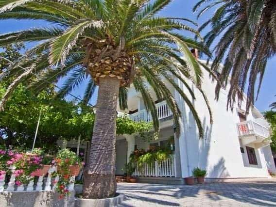 mediterranean-houses-for-rent