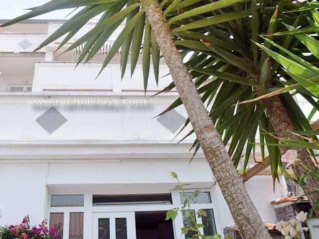adria-ferienwohnungen-rab-kampor