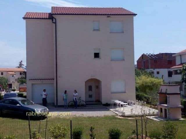 lopar-apartments-for-rent