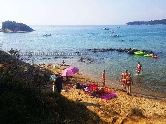 Pláže v Chorvatsku Ostrov Rab