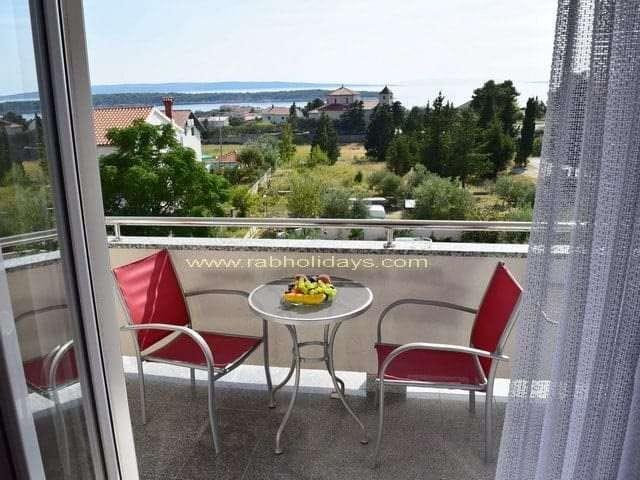 villa ferienwohnungen mit schwimmbad kroatien