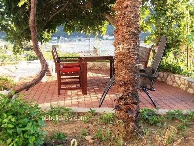 villa-apartments.with-swimming-pool-croatia