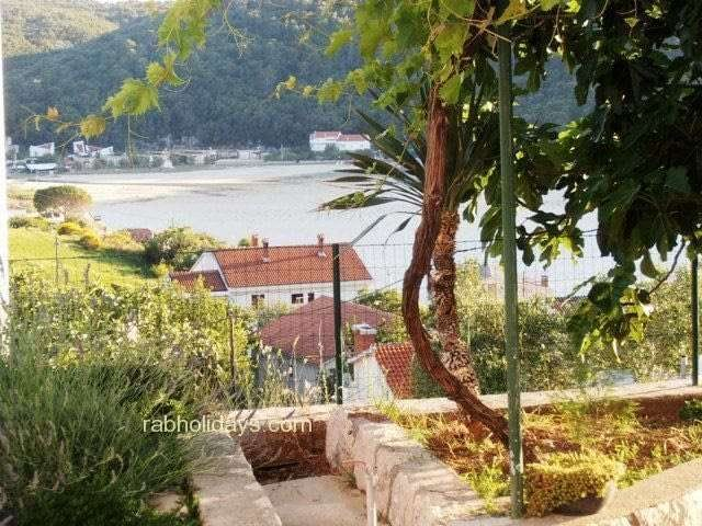 swimming-pool-apartments-adriatic-croatia