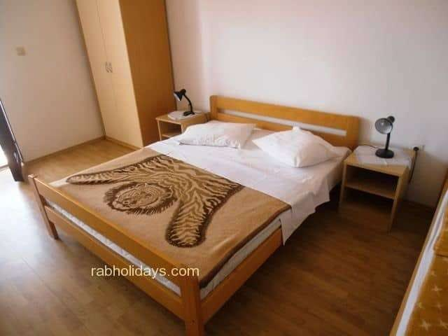 apartments-island-rab-croatia-booking