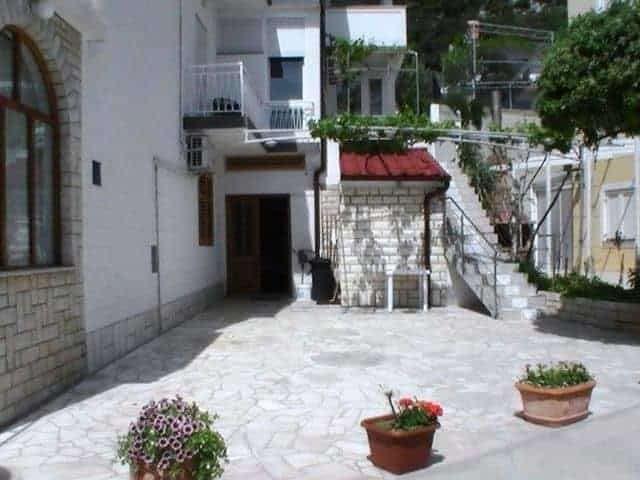 croatian coast apartments