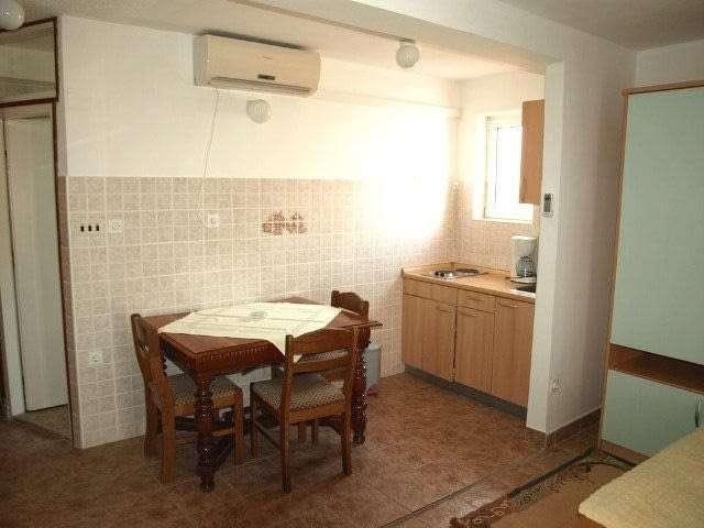 double bed studios croatia