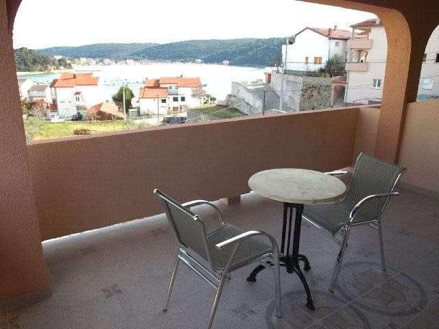 apartments in kampor port