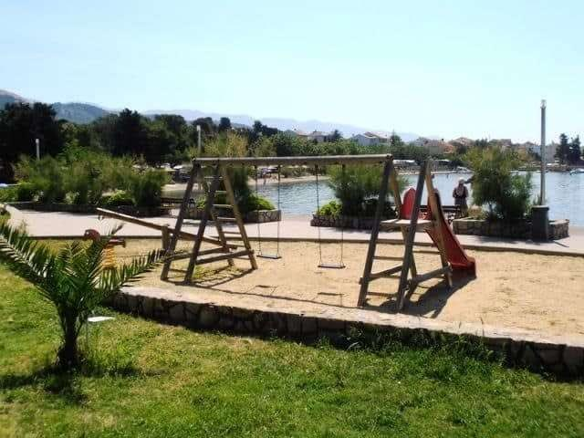 swimming-pool-villa-croatia