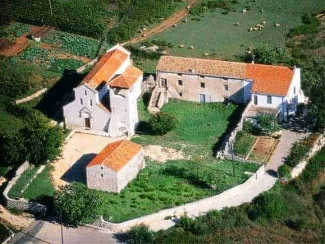croatian-adriatic-churches