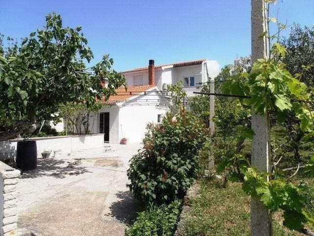 croatia_accommodation_by_the_sea