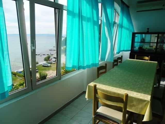 beach house four bedrooms croatia