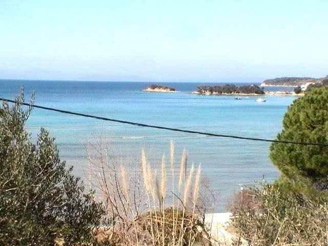 luxury_apartments_close_to_sandy_beaches_croatian_islands