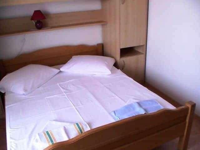cheap holiday rooms island rab