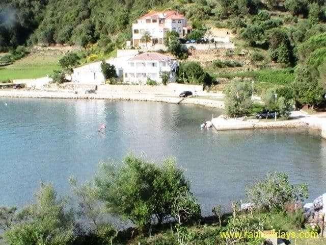 travel-croatia-boat
